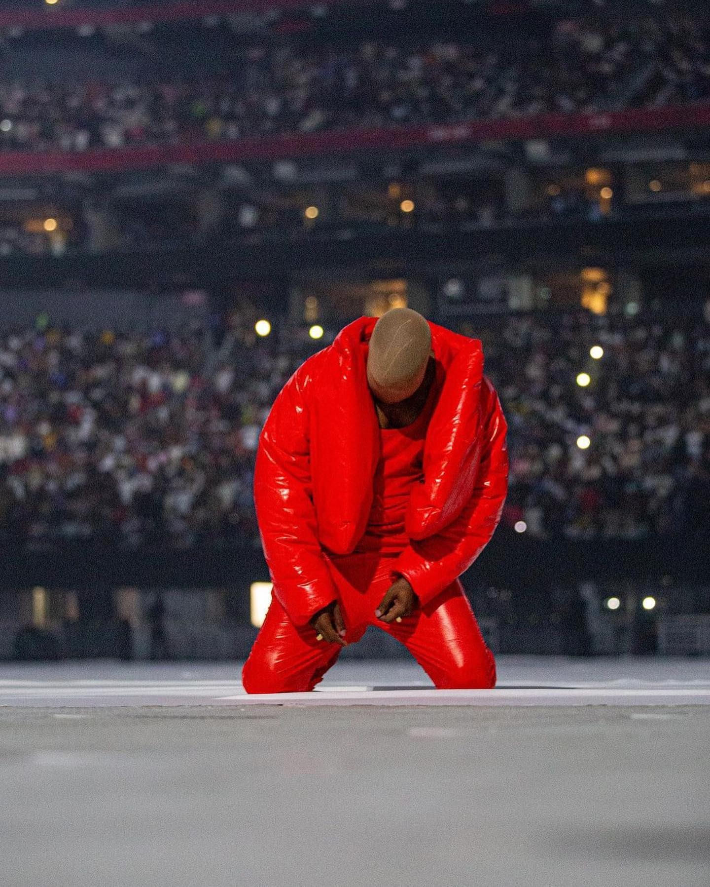 Kanye West pulls off an impressive feat; sells out 70K capacity stadium for  his 'DONDA' album listening session - PHOTOS - GBAfrica
